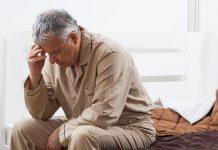 درمان بی خوابی در سالمندان علیرغم اهمیت معمولا جدی گرفته نمیشود! آیا استفاده از داروی خواب آور برای درمان مناسب است؟ آموزش سلامت خواب به سالمندان