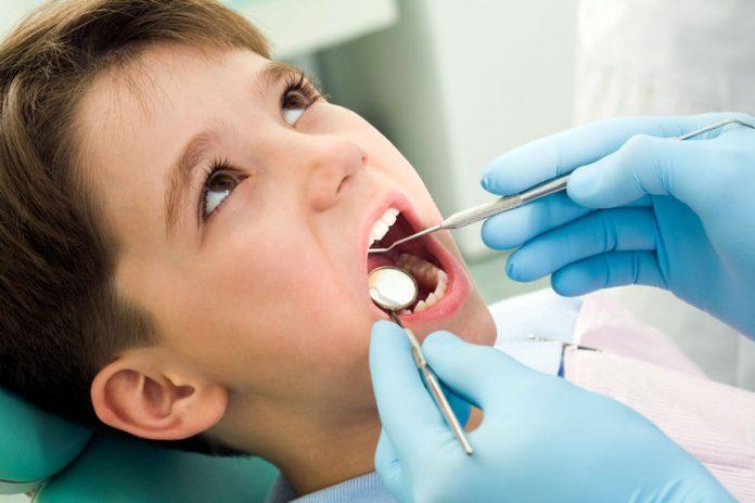 متخصص دندانپزشکی - پزشکی - تخصص - درمان دهان و دندان
